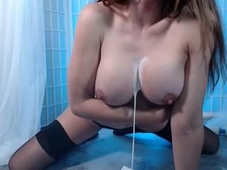 Elizabeth Rage naked in her Live Sex Chat - CamStripper